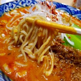 竜胆 担々麺 麺
