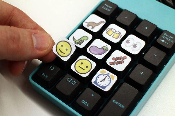 20190220a_Emoji Keyboard_05
