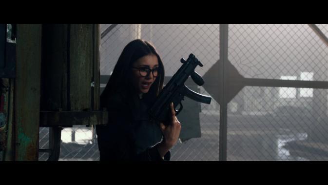 xxxroxc-Nina Dobrev with gun