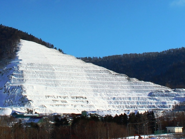石灰石鉱山