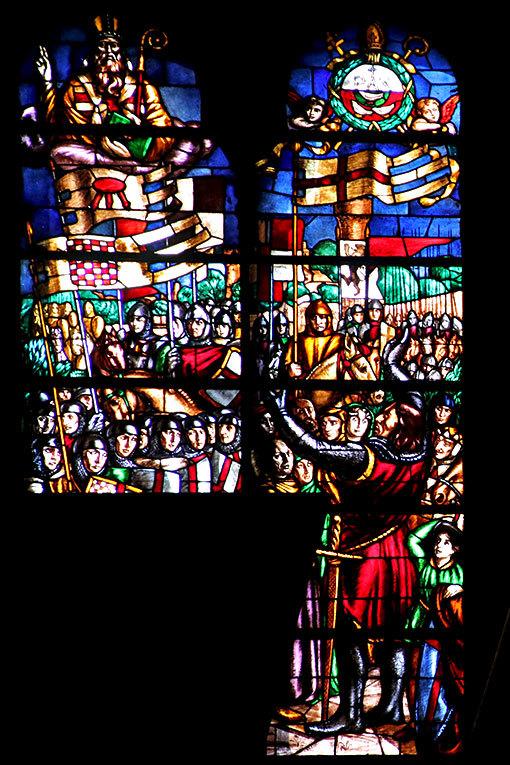 サン・シンプリチャーノ教会 ステンドグラス1