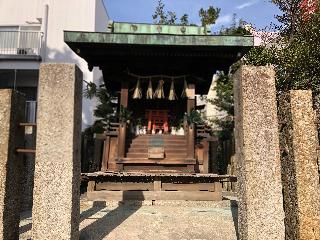 三輪神社稲荷