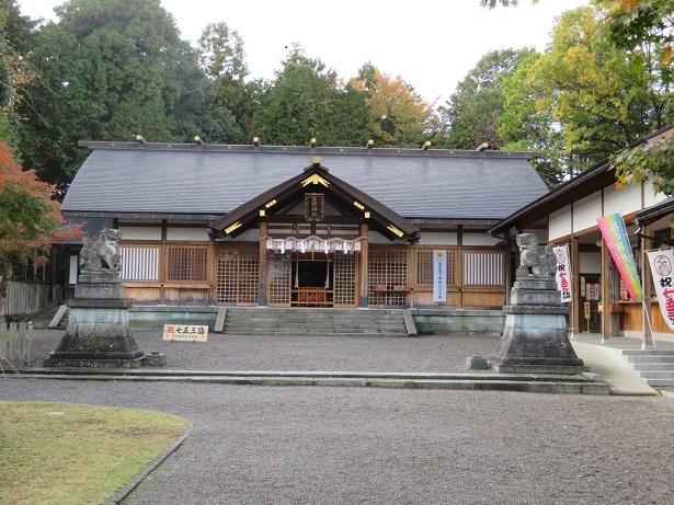 足羽神社拝殿