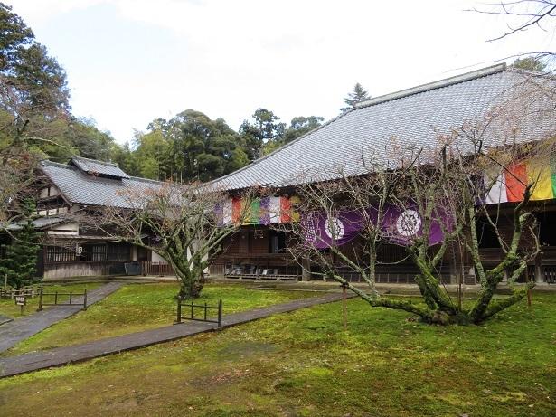 瀧谷寺 本堂と庫裏