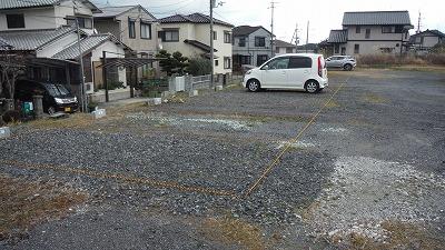 駐車場区画ロープ張