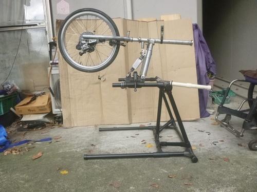 ハンドバイク 作業台