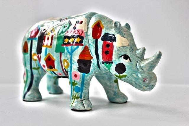 rhino-365031_640.jpg