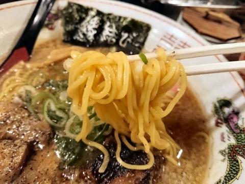 麺リフティング@花丸軒