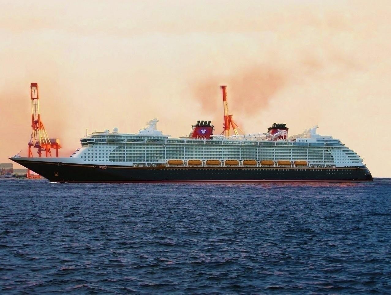 客船 10万トン以上 S Ships