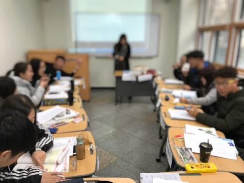 語学堂の教室