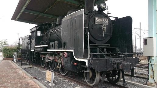 58685蒸気機関車
