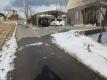 雪が解けた道路