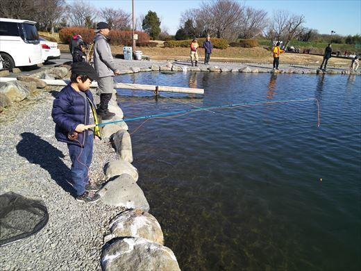 初釣りは朝霞ガーデン (10)