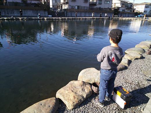 初釣りは朝霞ガーデン (13)