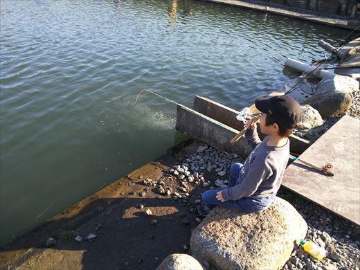 初釣りは朝霞ガーデン (14)