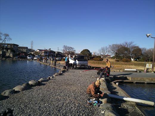 初釣りは朝霞ガーデン (15)
