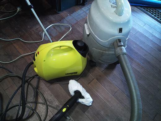 ①車内清掃 (2)