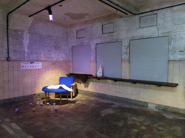 踊り場の切符売り場跡