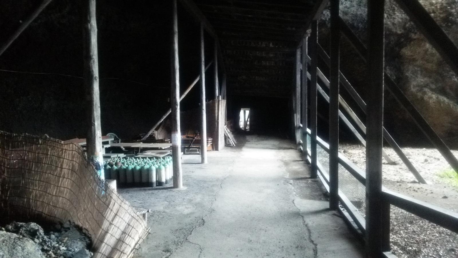 青の洞窟「竜王洞」