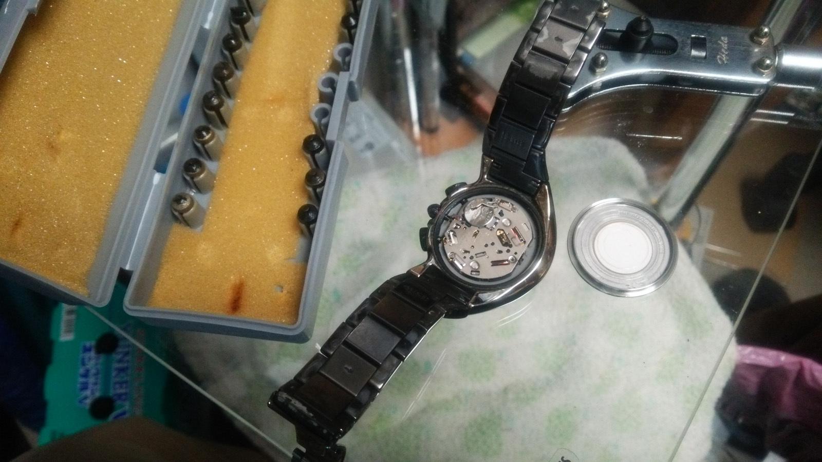 腕時計電池交換