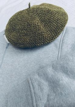 ベレー帽(縦画像)