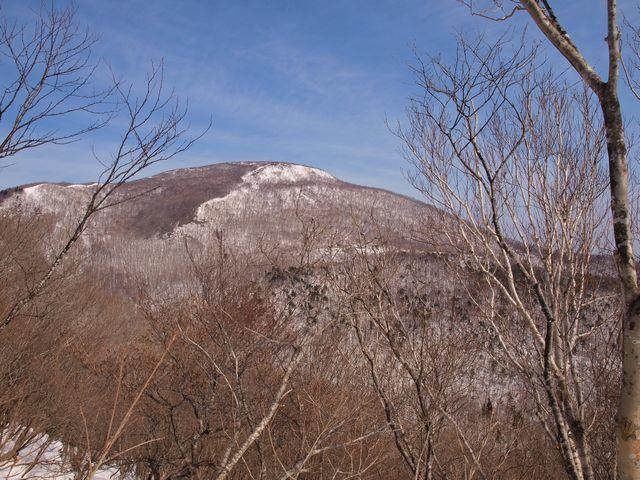 s6黒鼻山へのルートから泉ヶ岳