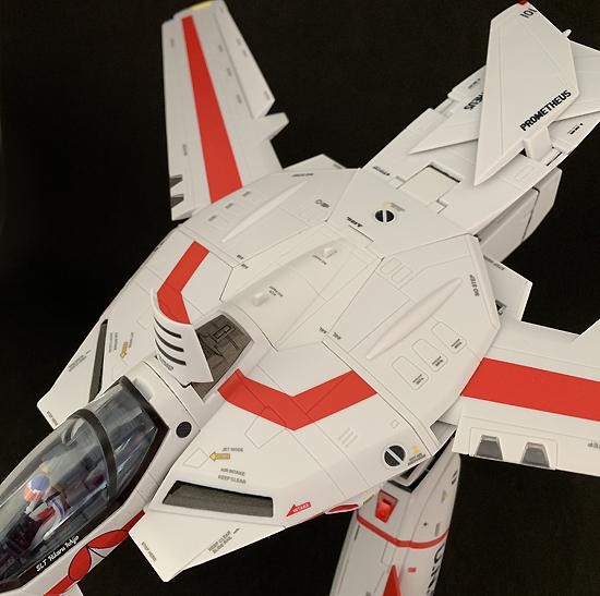DX超合金 VF-1J バルキリー (一条輝機) (初回限定版)