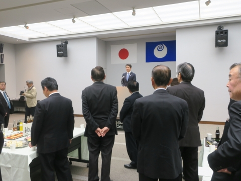 「任期最後の議会。執行部との懇談会」①