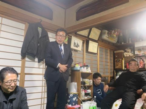 「戸井田家の新年会」①1