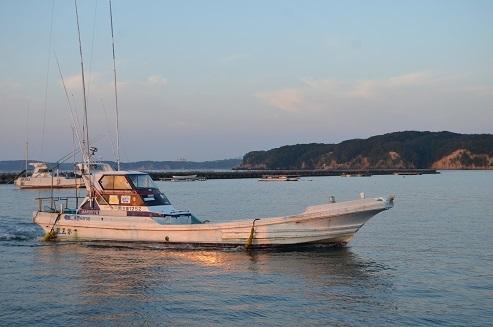 10 漁船
