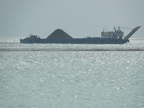 10 辺野古 土砂運搬船