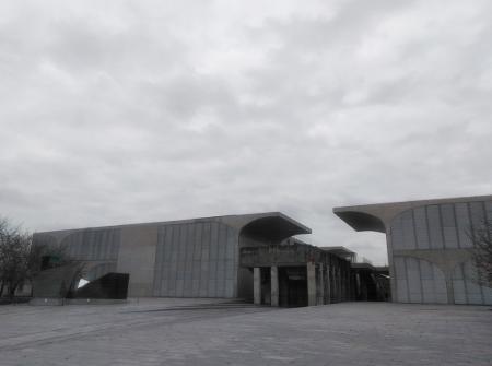 龍美術館(西岸館)