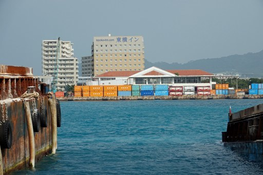 石垣港T-h DSC03218