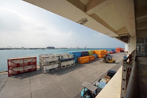 石垣港T-d DSC07044