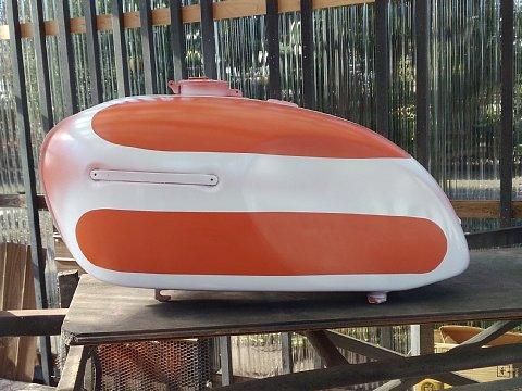 W1SA タンク 塗装1