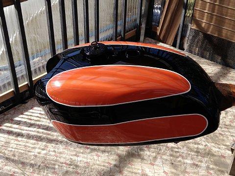 W1SA タンク 塗装2