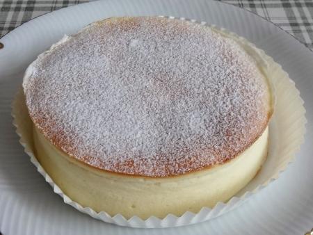 チーズケーキスフレ 540円