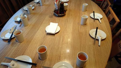 円卓テーブル