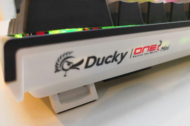 Ducky_ONE_2_Mini_10.jpg