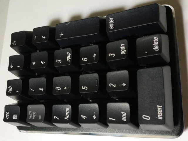 Magicforce_Wireless_NumPad_03.jpg
