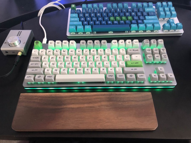 Mechanical_Keyboard130_02.jpg