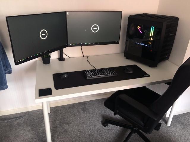 PC_Desk_131_31.jpg