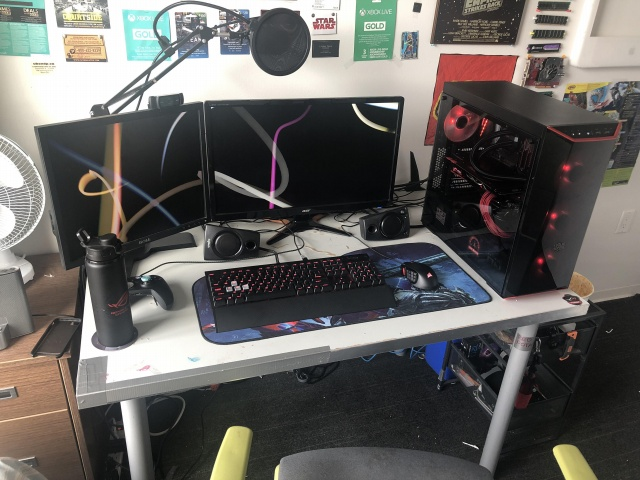 PC_Desk_131_36.jpg