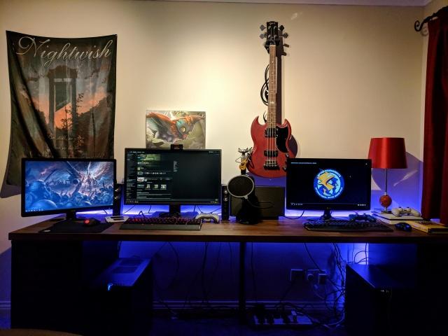 PC_Desk_131_49.jpg