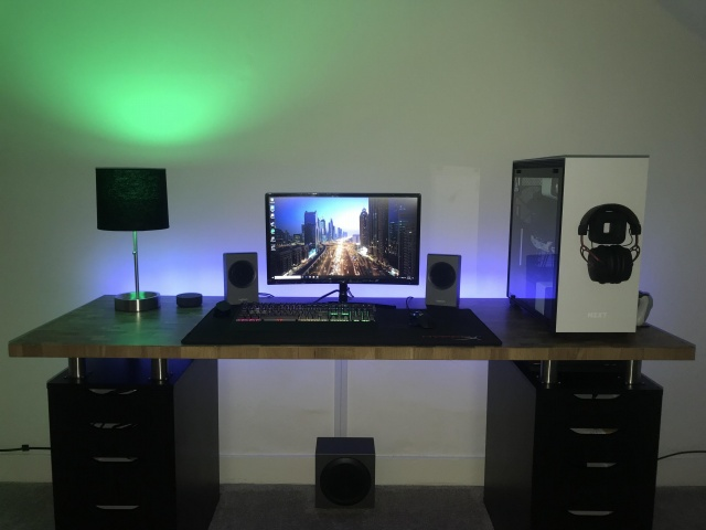 PC_Desk_131_56.jpg