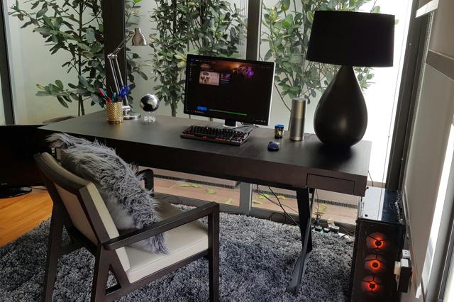 PC_Desk_131_73.jpg