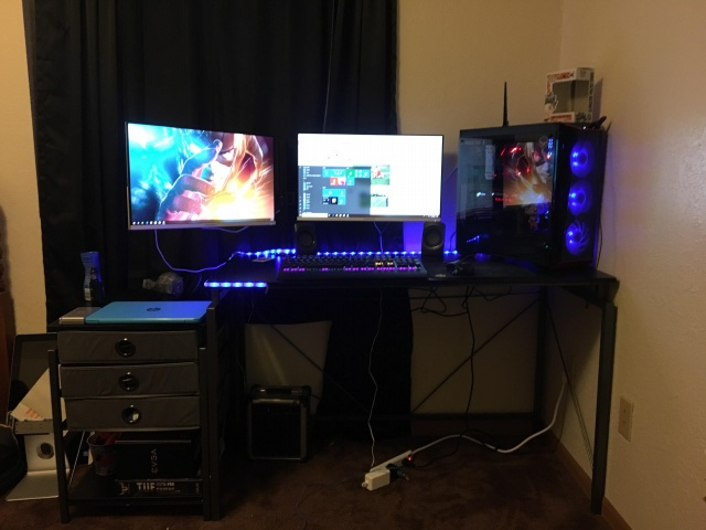 PC_Desk_131_76.jpg