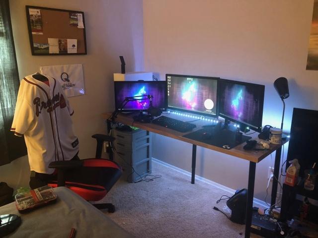 PC_Desk_131_82.jpg