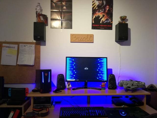 PC_Desk_131_86.jpg
