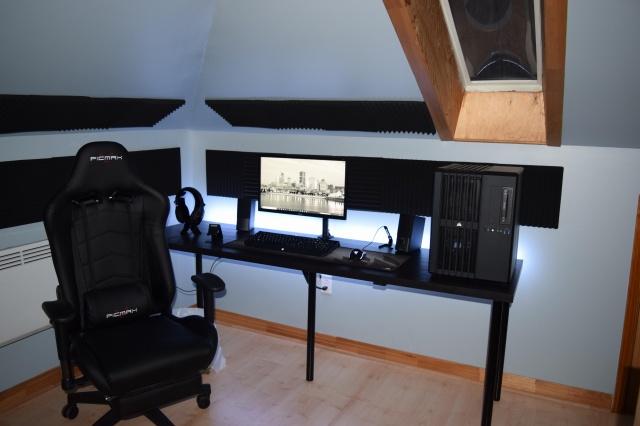 PC_Desk_131_90.jpg